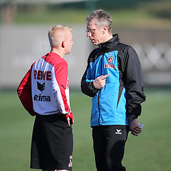 24.01.2014, Maxx Royal, Belek, TUR, FS Vorbereitung, 1. FC Koeln, Trainingslager, im Bild Trainer Peter Stoeger (1 FC Koeln) im Gespraech mit Sascha Bigalke (1 FC Koeln #21) // during a practice session at the training camp of the German 2nd Bundesliga Club 1. FC Koeln at the Maxx Royal in Belek, Turkey on 2014/01/24. EXPA Pictures © 2014, PhotoCredit: EXPA/ Eibner-Pressefoto/ Schueler<br /> <br /> *****ATTENTION - OUT of GER*****