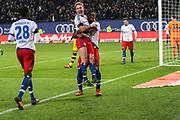Fussball: Deutschland, 1. Bundesliga, Hamburger SV - BVB Borussia Dortmund, Hamburg, 20.11.2015<br /> <br /> Jubel von Lewis Holtby (m.) und Cleber Reis (beide HSV, r.)<br /> <br /> © Torsten Helmke