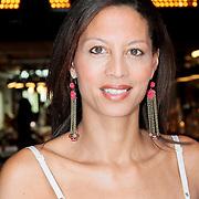 """NLD/Amsterdam/20110627 - Boekpresentatie Susan Smit """"Zwanger met lichaam en ziel"""", Maureen du Toit"""