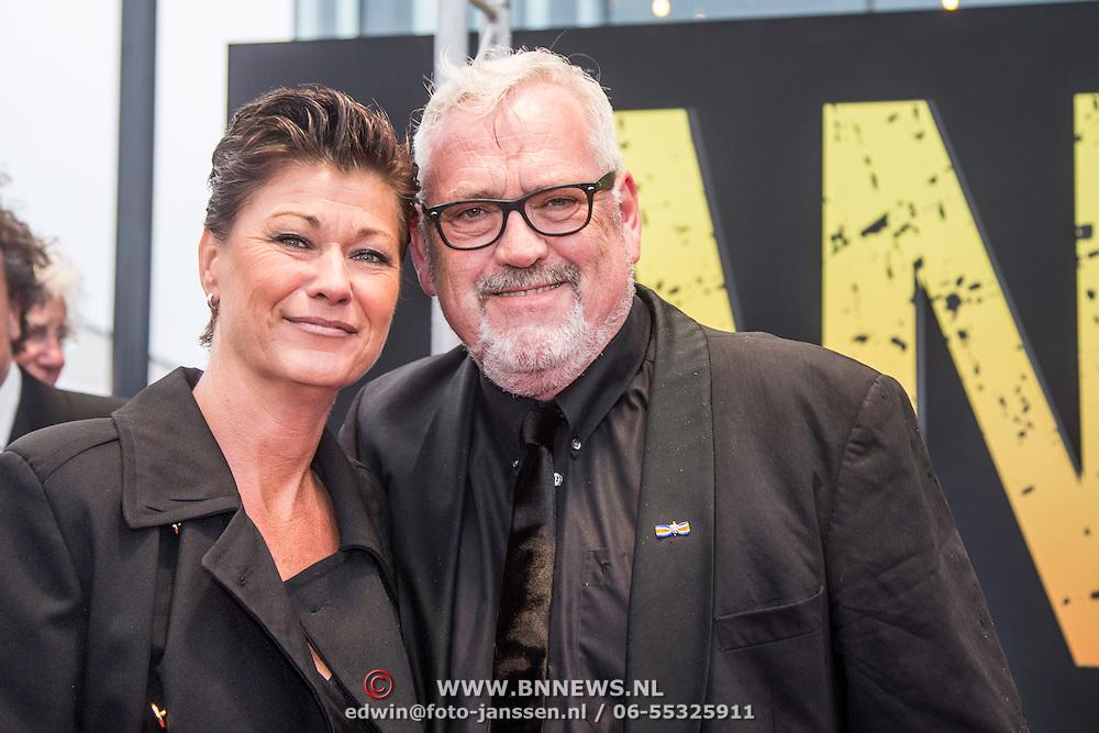 NLD/Amsterdam/20140508 - Wereldpremiere Musical Anne, Ernst Daniel Smid en partner Aly Burgers