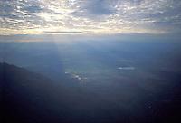 Vista de la selva amazónica desde la cima del tepuy Autana, Amazonas, Venezuela.