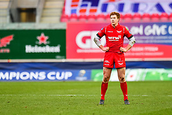 Scarlets' Rhys Patchell - Mandatory by-line: Craig Thomas/JMP - 09/12/2017 - RUGBY - Parc y Scarlets - Llanelli, Wales - Scarlets v Benetton Rugby - European Rugby Champions Cup