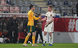 LEUVEN, BELGIUM - Wednesday, March 24, 2021: Wales' captain Gareth Bale shakes hands with Belgium's Kevin De Bruyne after the FIFA World Cup Qatar 2022 European Qualifying Group E game between Belgium and Wales at the King Power Den dreef Stadium. Belgium won 3-1. (Pic by Vincent Van Doornick/Isosport/Propaganda)