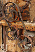 USA, Oregon, Thompson's Mills State Heritage Site, machinery, belt and pulley mechanism