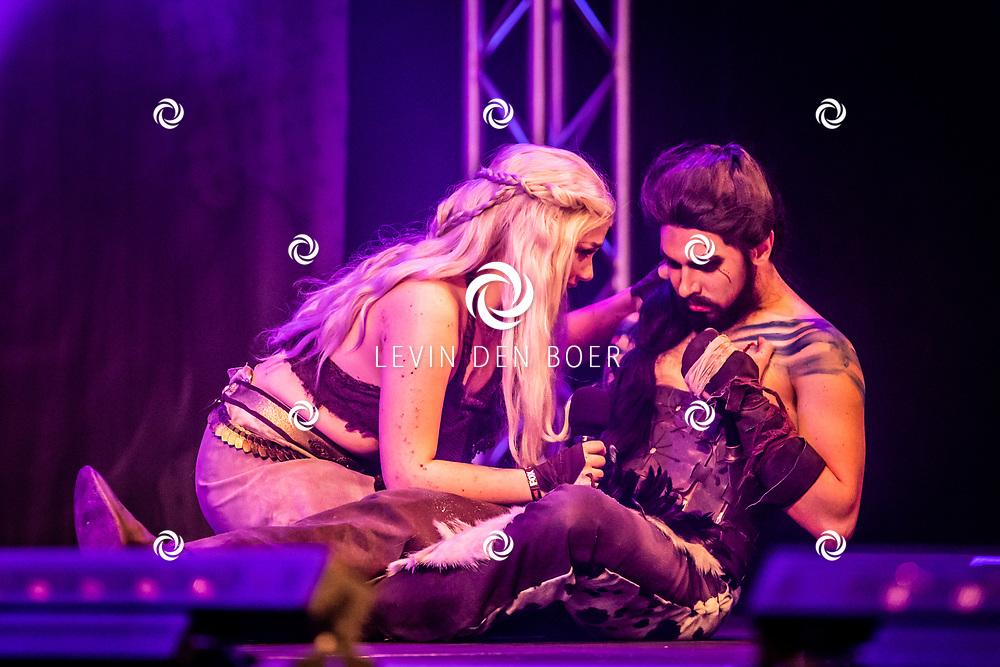 UTRECHT - In de Jaarbeurs is de 'Heroes Dutch Comic Con' gehouden. Met hier op de foto Khal Drogo and Khaleesi. FOTO LEVIN DEN BOER - LDBFOTO.NL