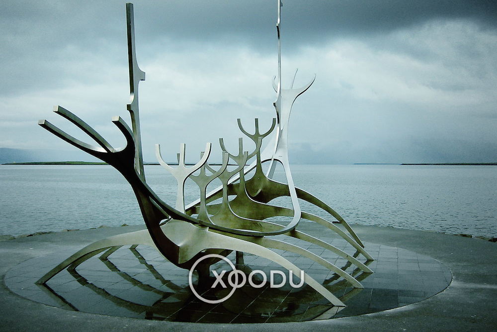 Solfar viking boat sculpture, Reykjavik, Iceland (August 2006)