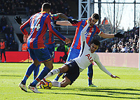 Football - 2017 / 2018 Premier League - Crystal Palace vs. Tottenham Hotspur<br /> <br /> Dele Alli of Tottenham goes down in the box, looking for a penalty, at Selhurst Park.<br /> <br /> COLORSPORT/ANDREW COWIE