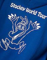 Den Haag - Stockey World tour. scholieren  van scholen in de buurt van Den Haag doen de Stockey tour in het hockeypark.  FOTO KOEN SUYK