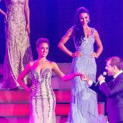 NLD/Hilversum/20160926 - Finale Miss Nederland 2016, Zoey Ivory van der Koelen, Kelly van den Dungen en Rene van Kooten