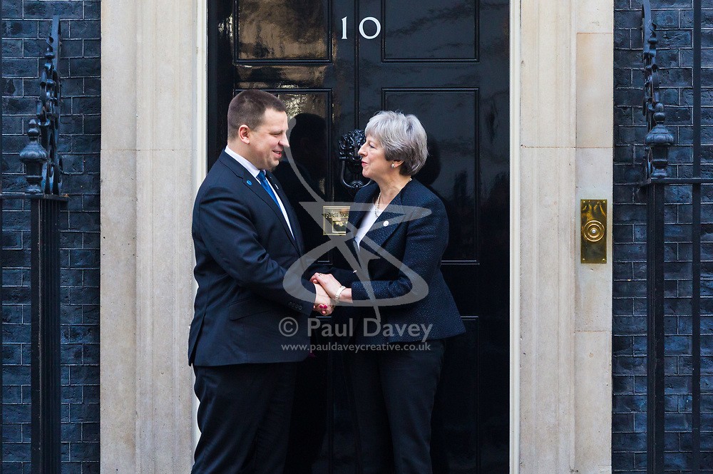 British Prime Minister Theresa May bids farewell to Estonian Prime Minister Jüri Ratas following bilateral discussions at her official residence at 10 Downing Street. - London, January 30 2018.