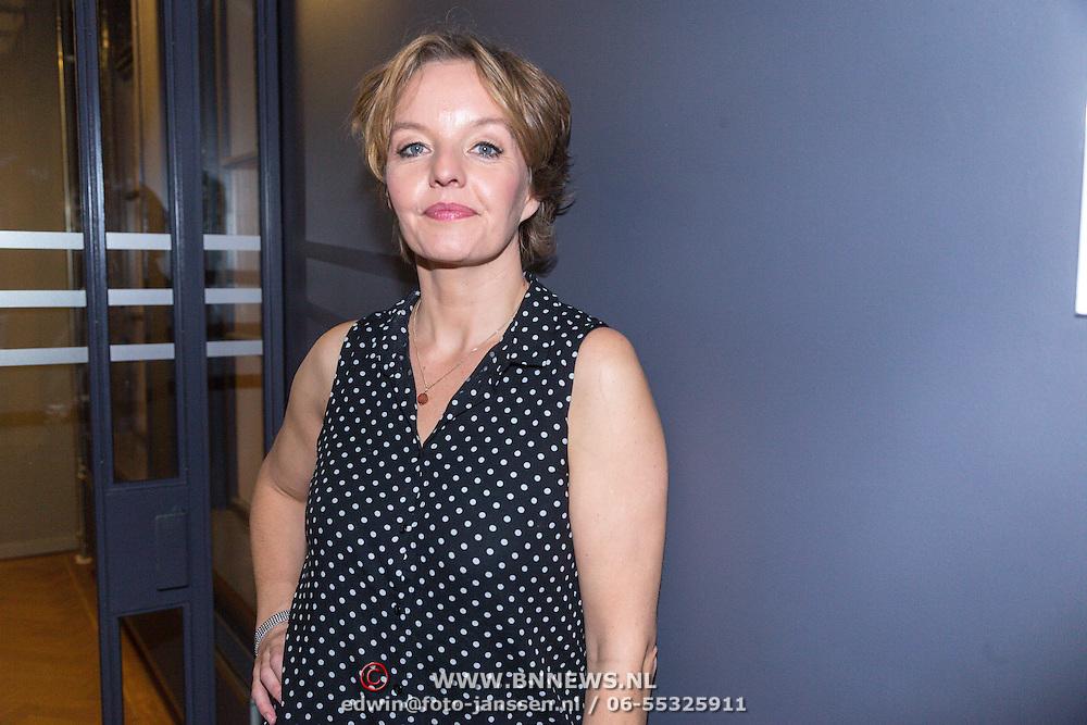 NLD/Amsterdam/20150929 - Premiere LULverhalen - Ladies on Stage, Sanne Wallis de Vries