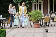 Photocall of the dutch Royal Family.<br /> On the photo: His Royal Highness the prince Willem Alexander, her royal highness princess Máxima and their yet-delicate princess Catharina-Amalia, princess Alexia and princess Ariane.<br /> <br /> Fotosessie op Landgoed de Horsten in Wassenaar <br /> Op de foto: Zijne Koninklijke Hoogheid de Prins van Oranje, Hare Koninklijke Hoogheid Prinses Máxima en hun dochters Prinses Catharina-Amalia, Prinses Alexia en Prinses Ariane .