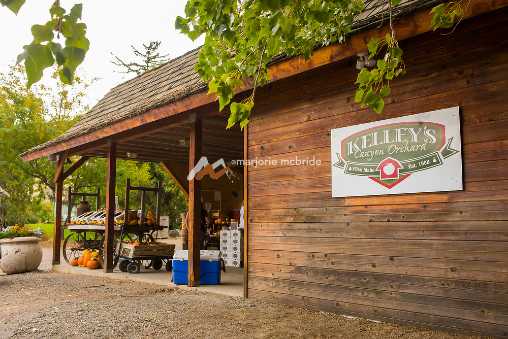 The fruit stand at Kelly's Orchard, Buhl, Idaho.