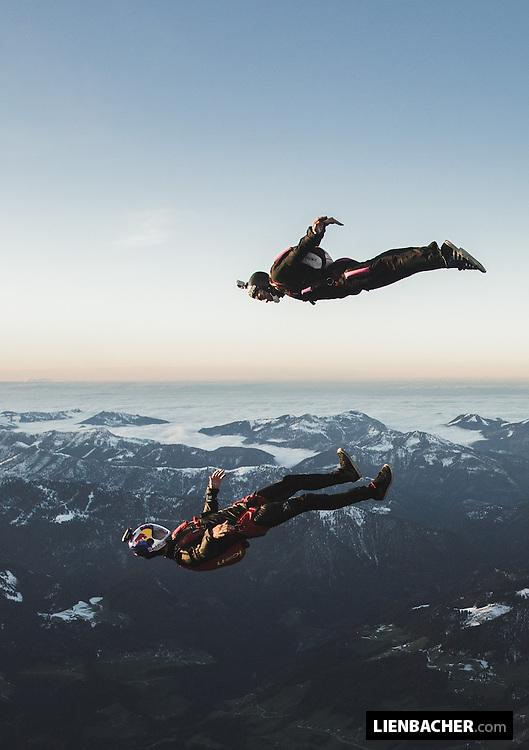 Dominic Roithmair and Bernhard Steiner enjoy a sunset Trackdive over Radfeld/Tyrolia