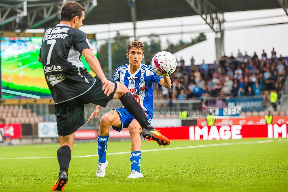 HJK:n Roni Peiponen Veikkausliigan ottelussa HJK-FC Lahti. Sonera Stadium, Helsinki, Suomi. 12.8.2015.