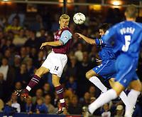 Fotball, 16. september 2002. FA Barclaycard premiership,  Birmingham - Aston Villa. Marcus Allbäck, Aston Villa.