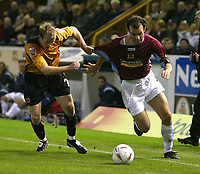 Fotball<br /> Caling Cup England 2004/2005<br /> Andre runde<br /> 21.09.2004<br /> Foto: SBI/Digitalsport<br /> NORWAY ONLY<br /> <br /> Burnley v Wolverhampton Wanderers<br /> <br /> Burnley's Michael Branch and Wolves Jody Craddock
