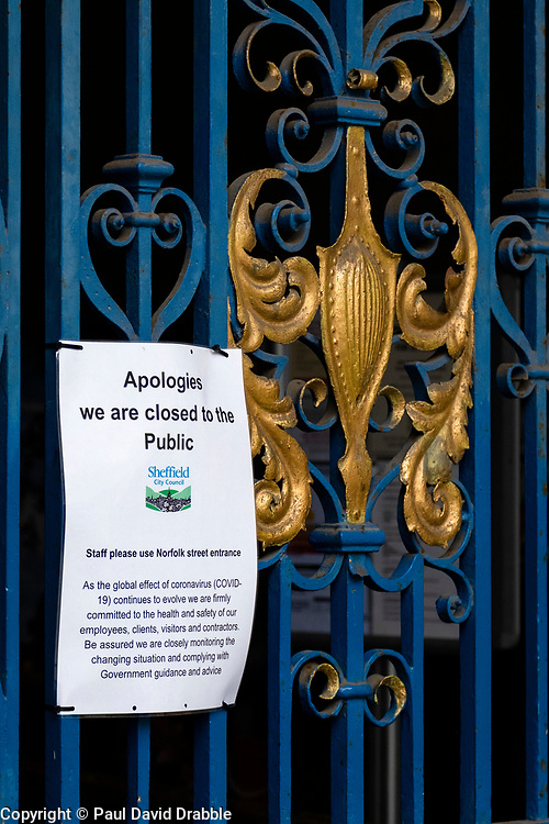Sheffield Friday 3 April 2020 <br /> Coronavirus Covid-19  sign fastened to the front gate of Sheffield Town Hall<br /> 3 April 2020<br /> <br /> www.pauldaviddrabble.co.uk<br /> All Images Copyright Paul David Drabble - <br /> All rights Reserved - <br /> Moral Rights Asserted -