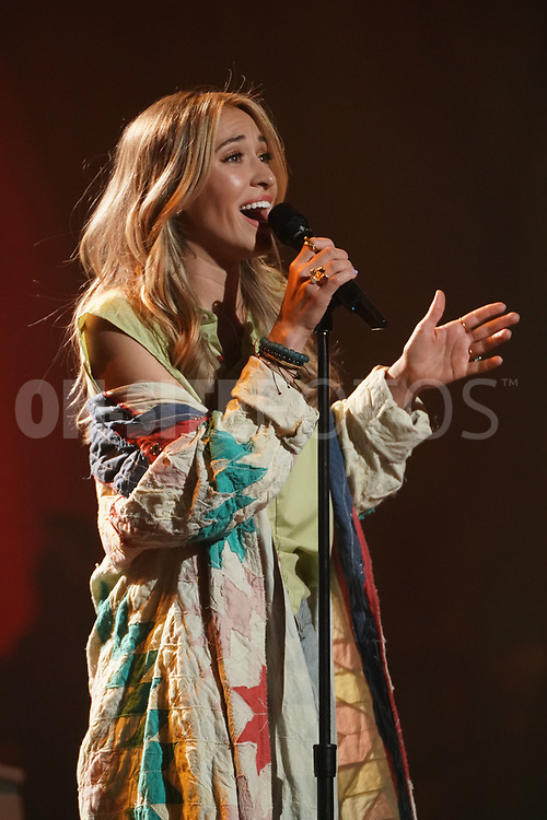 """AMERICAN IDOL – """"415 (The Comeback)"""" – A special episode of """"American Idol"""" featuring """"comeback contestants"""" airs MONDAY, APRIL 19 (8:00-10:00 p.m. EDT), on ABC. (ABC/Eric McCandless)<br /> LAUREN DAIGLE"""