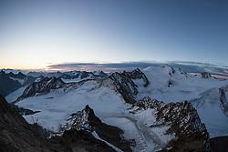 THEMENBILD - Wildspitze (3.774m). Pitztaler Gletscher. Mittelberg, Österreich am Dienstag, 16. Oktober 2018 // Wildspitze mountain (3774m). Tuesday, October 16, 2018 at the Pitztal Glacier. Mittelberg, Austria. EXPA Pictures © 2018, PhotoCredit: EXPA/ Johann Groder