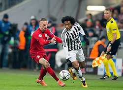 16.03.2016, Allianz Arena, Muenchen, GER, UEFA CL, FC Bayern Muenchen vs Juventus Turin, Achtelfinale, Rueckspiel, im Bild Franck Ribery (FC Bayern Muenchen), Andrea Barzagli (Juventus) // during the UEFA Champions League Round of 16, 2nd Leg match between FC Bayern Munich and Juventus Turin at the Allianz Arena in Munich, Germany on 2016/03/16. EXPA Pictures © 2016, PhotoCredit: EXPA/ Johann Groder