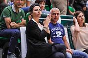 DESCRIZIONE : Campionato 2014/15 Dinamo Banco di Sardegna Sassari - Olimpia EA7 Emporio Armani Milano Playoff Semifinale Gara3<br /> GIOCATORE : Geppi Cucciari<br /> CATEGORIA : Tifosi Pubblico Spettatori VIP<br /> SQUADRA : Dinamo Banco di Sardegna Sassari<br /> EVENTO : LegaBasket Serie A Beko 2014/2015 Playoff Semifinale Gara3<br /> GARA : Dinamo Banco di Sardegna Sassari - Olimpia EA7 Emporio Armani Milano Gara4<br /> DATA : 02/06/2015<br /> SPORT : Pallacanestro <br /> AUTORE : Agenzia Ciamillo-Castoria/L.Canu