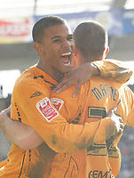 Photo: Steve Bond/Richard Lane Photography. <br />Leicester City v Hull City. Coca Cola Championship. 21/03/2008. Scorer Dean Marney (R) is congratulated by Fraizer Campbell (L)