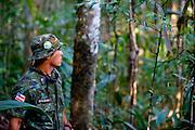Porto Seguro_BA, Brasil...Soldado na Reserva Particular do Patrimonio Natural (RPPN)...The soldier in the the Private Natural Heritage Reserve (RPPN)...Foto: JOAO MARCOS ROSA /  NITRO.
