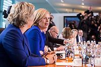 14 MAR 2018, BERLIN/GERMANY:<br /> Julia Kloeckner, MdB, CDU, Bundesministerin fuer Ernaehrung und Landwirtschaft, vor Beginn der ersten Sitzung des Kabinetts Merkel IV, Kabinettsaal, Bundeskanzleramt<br /> IMAGE: 20180314-02-010<br /> KEYWORDS: Julia Klöckner, Kabinett, Kabinettsitzung, Sitzung,, neues Kabinett