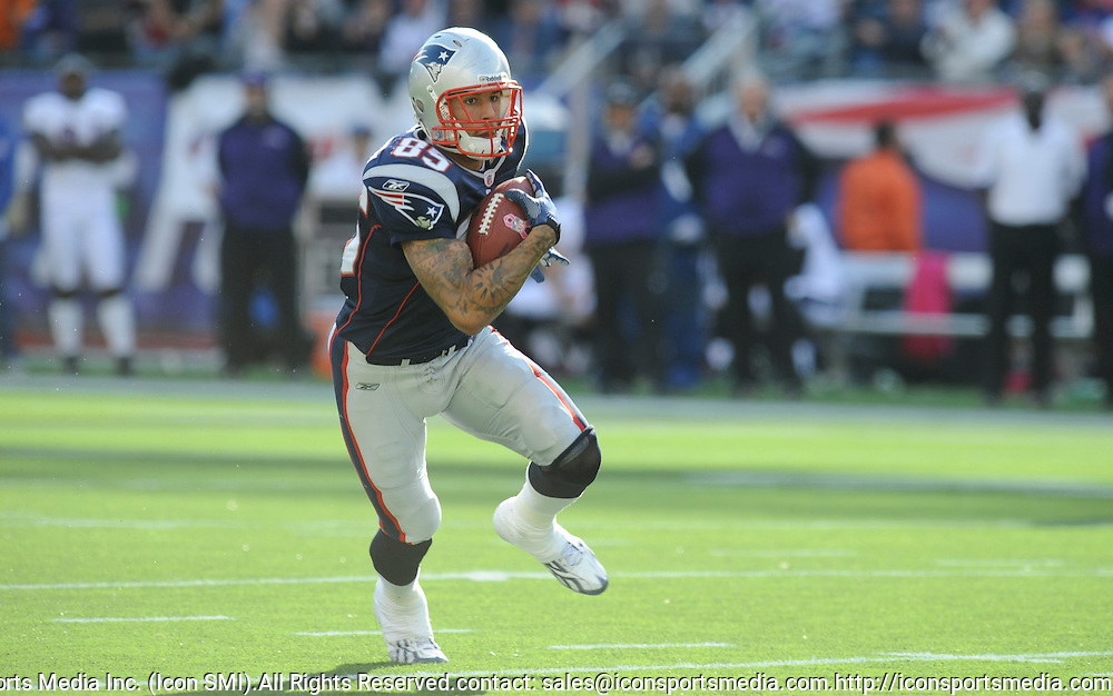 17 October 2010: Patriots tight end Aaron Hernandez on a run during the New England Patriots game against the  Baltimore Ravens at Gillette Stadium in Foxborough, Massachusetts. Patriots win 23-20 in overtime.