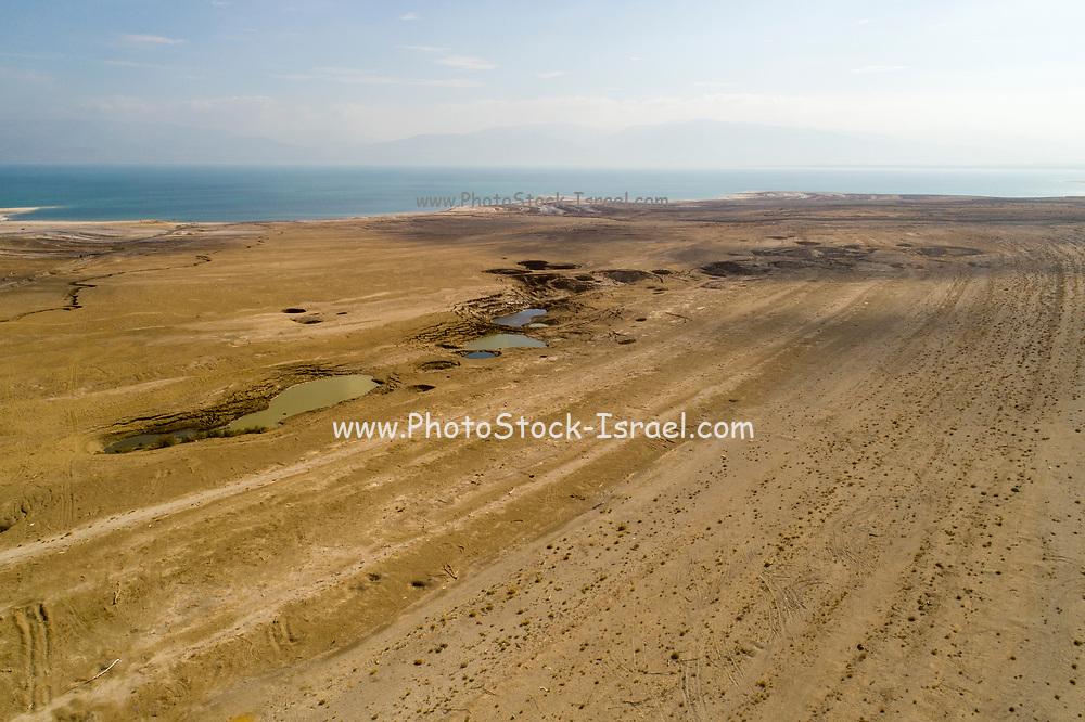 Dead Sea Israel, looking into land