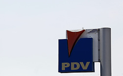 March 23, 2019 - Valencia, Carabobo, Venezuela - March 23, 2019. Service station of Petroleos de Venezuela, PDVSA, official company of the oil industry of Venezuela, recently sanctioned by the government of the United States as a measure of pressure against the regime of Nicolas Maduro. Photo: Juan Carlos Hernandez. (Credit Image: © Juan Carlos Hernandez/ZUMA Wire)