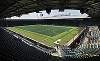 DEN HAAG - In het Kyocera Stadion, waar normaal de voetbalclub  in de Eredivisie, ADO Den Haag speelt , is het Greenfields Hockeyveld aangelegd waar op  van 31 mei tm 15 juni de Wereldkampioenschappen hockey zullen worden gespeeld. COPYRIGHT KOEN SUYK