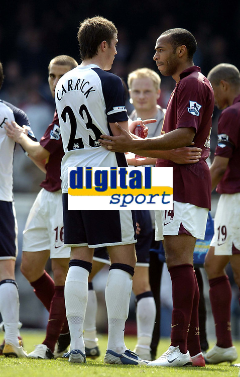 Photo: Olly Greenwood.<br />Arsenal v Tottenham Hotspur. The Barclays Premiership. 22/04/2006. Spurs' Michael Carrick and Arsenal's Thierry Henry shake hands at the end of the match.