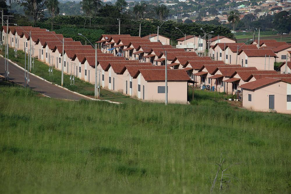 Goiania_GO, Brasil.<br /> <br /> Minha Casa, Minha Vida. Na foto, conjunto habitacional em Goiania, Goias.<br /> <br /> Minha Casa, Minha Vida (My House, My Life). In this photo Popular Housing in Goiania, Goias.<br /> <br /> Foto: NIDIN SANCHES / NITRO