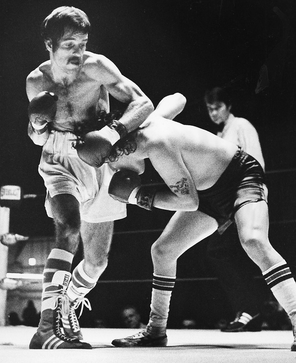 ©1984 Amateur boxing, Austin, Texas  Richard Lord on the left.