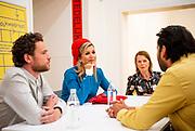 AMSTERDAM, 29-09-2021,  Stedelijk Museum<br /> <br /> Koningin Maxima tijdens aanwezig bij de viering van het 50-jarig jubileum van Fonds Kwadraat in het Stedelijk Museum in Amsterdam. De bijeenkomst staat in het teken van ontmoeting en verbinding tussen kunstenaars, professionals uit de kunstwereld en kunstliefhebbers<br /> FOTO: Brunopress/Patrick van Emst<br /> <br /> Queen Maxima during the celebration of the 50th anniversary of Fonds Kwadraat in the Stedelijk Museum in Amsterdam. The meeting is all about meeting and connection between artists, professionals from the art world and art lovers
