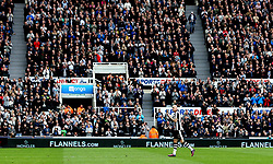 Jonjo Shelvey of Newcastle United is given a standing ovation by the Newcastle United fans - Mandatory by-line: Robbie Stephenson/JMP - 07/05/2017 - FOOTBALL - St James Park - Newcastle upon Tyne, England - Newcastle United v Barnsley - Sky Bet Championship