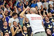 DESCRIZIONE : Eurolega Euroleague 2014/15 Gir.A Dinamo Banco di Sardegna Sassari - Real Madrid<br /> GIOCATORE : Commando Ultra' Dinamo<br /> CATEGORIA : Tifosi Ultras Pubblico Spettatori<br /> SQUADRA : Dinamo Banco di Sardegna Sassari<br /> EVENTO : Eurolega Euroleague 2014/2015<br /> GARA : Dinamo Banco di Sardegna Sassari - Real Madrid<br /> DATA : 12/12/2014<br /> SPORT : Pallacanestro <br /> AUTORE : Agenzia Ciamillo-Castoria / Luigi Canu<br /> Galleria : Eurolega Euroleague 2014/2015<br /> Fotonotizia : Eurolega Euroleague 2014/15 Gir.A Dinamo Banco di Sardegna Sassari - Real Madrid<br /> Predefinita :