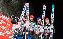 21.01.2018, Heini Klopfer Skiflugschanze, Oberstdorf, GER, FIS Skiflug Weltmeisterschaft, Teambewerb, Siegerehrung, im Bild Teamfoto - Daniel Andre Tande (NOR), Johann Andre Forfang (NOR), Andreas Stjernen (NOR), Robert Johansson (NOR) // Worldchampion Teamphoto Daniel Andre Tande of Norway, Johann Andre Forfang of Norway, Andreas Stjernen of Norway, Robert Johansson of Norway during Winner Award Ceremony of the Team competition of the FIS Ski Flying World Championships at the Heini-Klopfer Skiflying Hill in Oberstdorf, Germany on 2018/01/21. EXPA Pictures © 2118, PhotoCredit: EXPA/ JFK