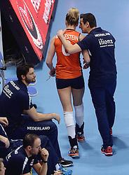 09-01-2016 TUR: European Olympic Qualification Tournament Rusland - Nederland, Ankara<br /> De strijd om Rio of Japan / Maret Balkestein-Grothues #6, Coach Giovanni Guidetti