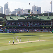 Australia celebrate the final Pakistan wicket, as Umar Gulis is caught by Peter Siddle (left) off the bowling of Nathan Hauritz during the Australia V Pakistan 2nd Cricket Test match at the Sydney Cricket Ground, Sydney, Australia, 6 January 2010.