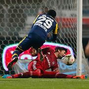 Besiktas's goalkeeper Tolga Zengin (R) during their Turkish superleague soccer match Besiktas between Fenerbahce at Ataturk Olimpiyat Stadium in Istanbul Turkey on Sunday 02 November 2014. Photo by Aykut AKICI/TURKPIX
