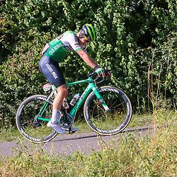 15-09-2020: wielrennen: Luxemburg: Luxemburg<br /><br />Chain problems for Sergio MArtin
