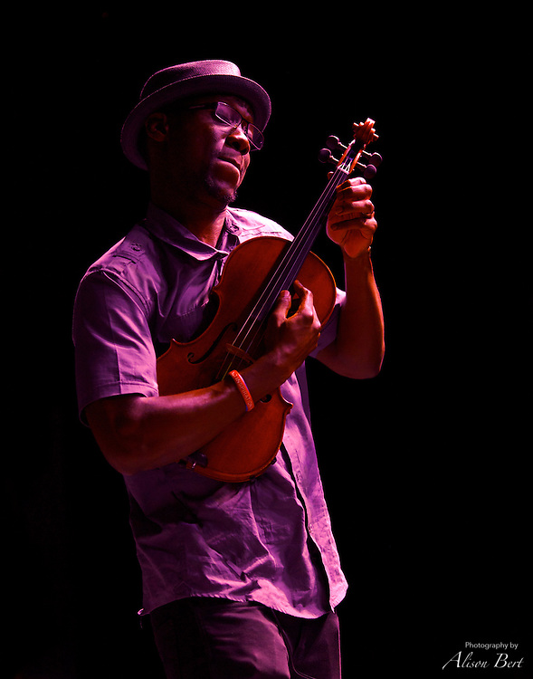 Will B performs with the duo Black Violin at the 2013 Take Me to the River Festival in Hastings-on-Hudson.