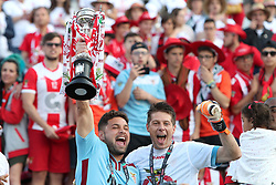 May 20, 2018 - Lisbon, Portugal - Aves' goalkeeper Adriano Facchini (R ) and Paulo Machado celebrate after winning the Portugal Cup Final football match CD Aves vs Sporting CP at the Jamor stadium in Oeiras, outskirts of Lisbon, on May 20, 2015. (Aves won 2-1) (Credit Image: © Pedro Fiuza/NurPhoto via ZUMA Press)
