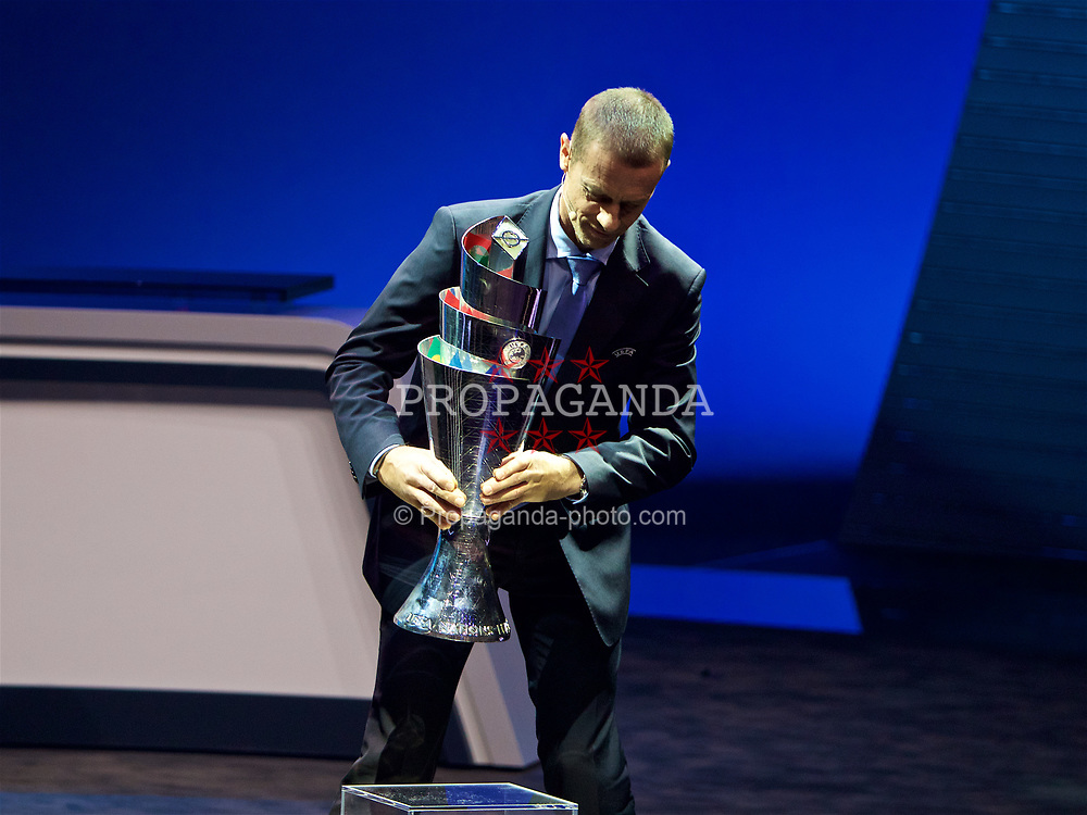LAUSANNE, SWITZERLAND - Wednesday, January 24, 2018: UEFA President Aleksander Čeferin presents the new trophy during the draw for the new UEFA Nations League tournament at the SwissTech Convention Centre. (Pic by David Rawcliffe/Propaganda)