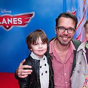 NLD/Amsterdam/20130921 - Premiere Planes, Michiel Veenstra en kinderen Marthe, Nathan