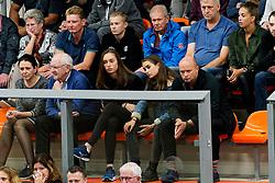 26-10-2019 NED: Talentteam Papendal - Draisma Dynamo, Ede<br /> Round 4 of Eredivisie volleyball - Support, fans, publiek, Annika de Goede #5 of Talent Team