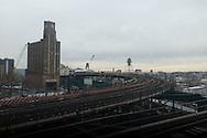 New York. Queens. Queensborough area elevated subway   - United states / quartier et station de metro de Queensborro New York - Etats-unis
